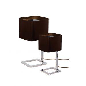 Abajur de mesa com cúpula em aço P e G
